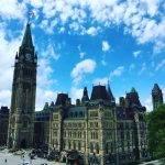 Средства связи в Канаде