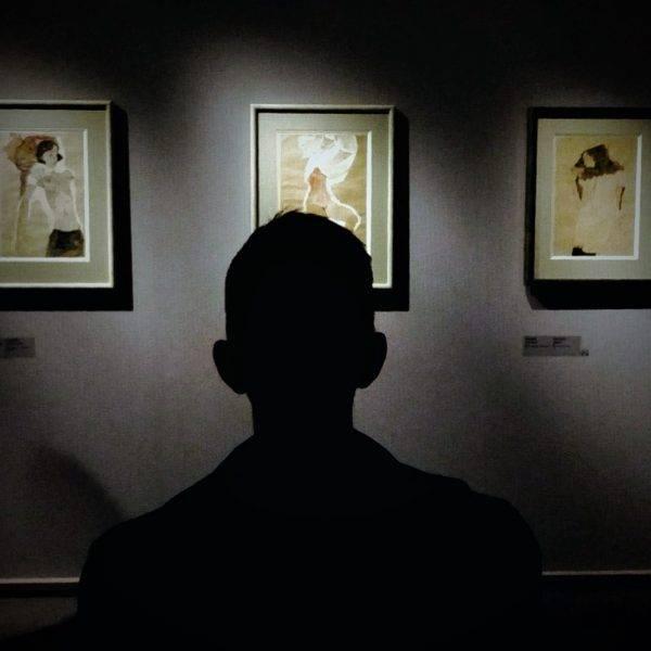 «Работник музея» похитил картину из Третьяковской галереи