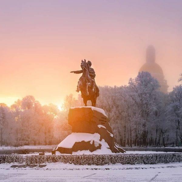 Уборка снега в Петербурге. Главное