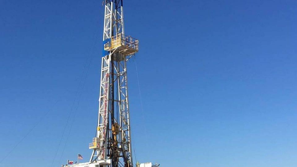 На сколько лет осталось нефти в России
