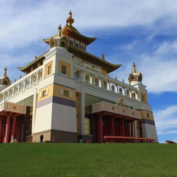 Буддистские храмы в России