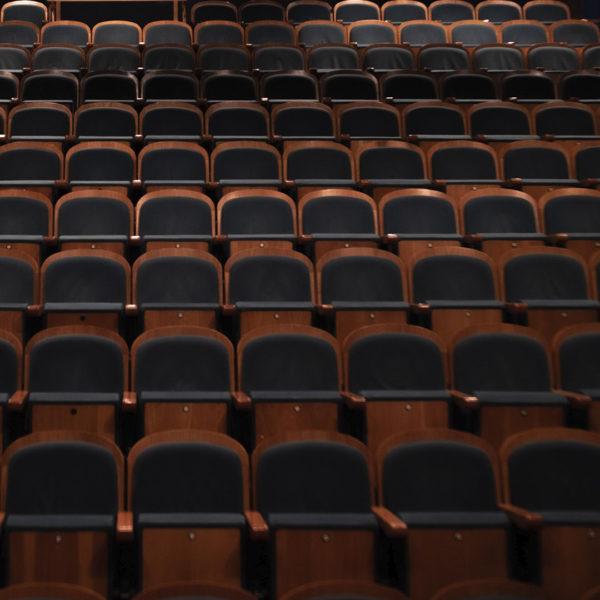 жанры современного театра